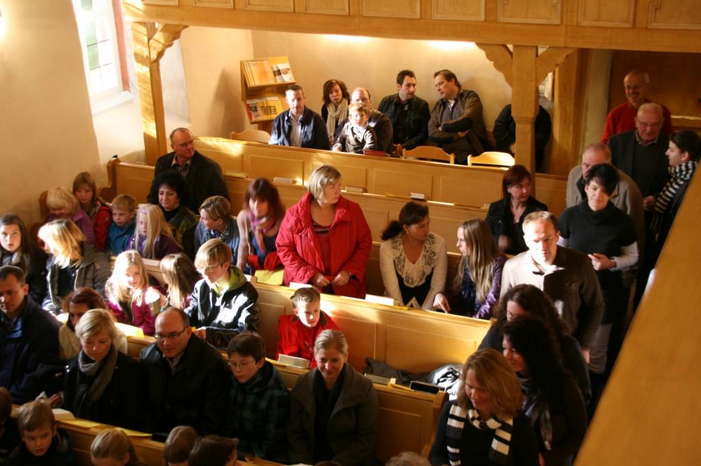 20130301-UR-Kirche-innen